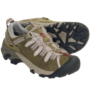 best comfortable hiking shoes for women