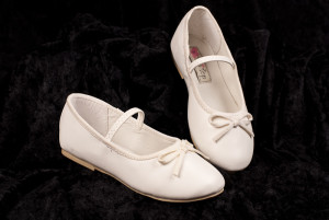 ivory girls dress shoes