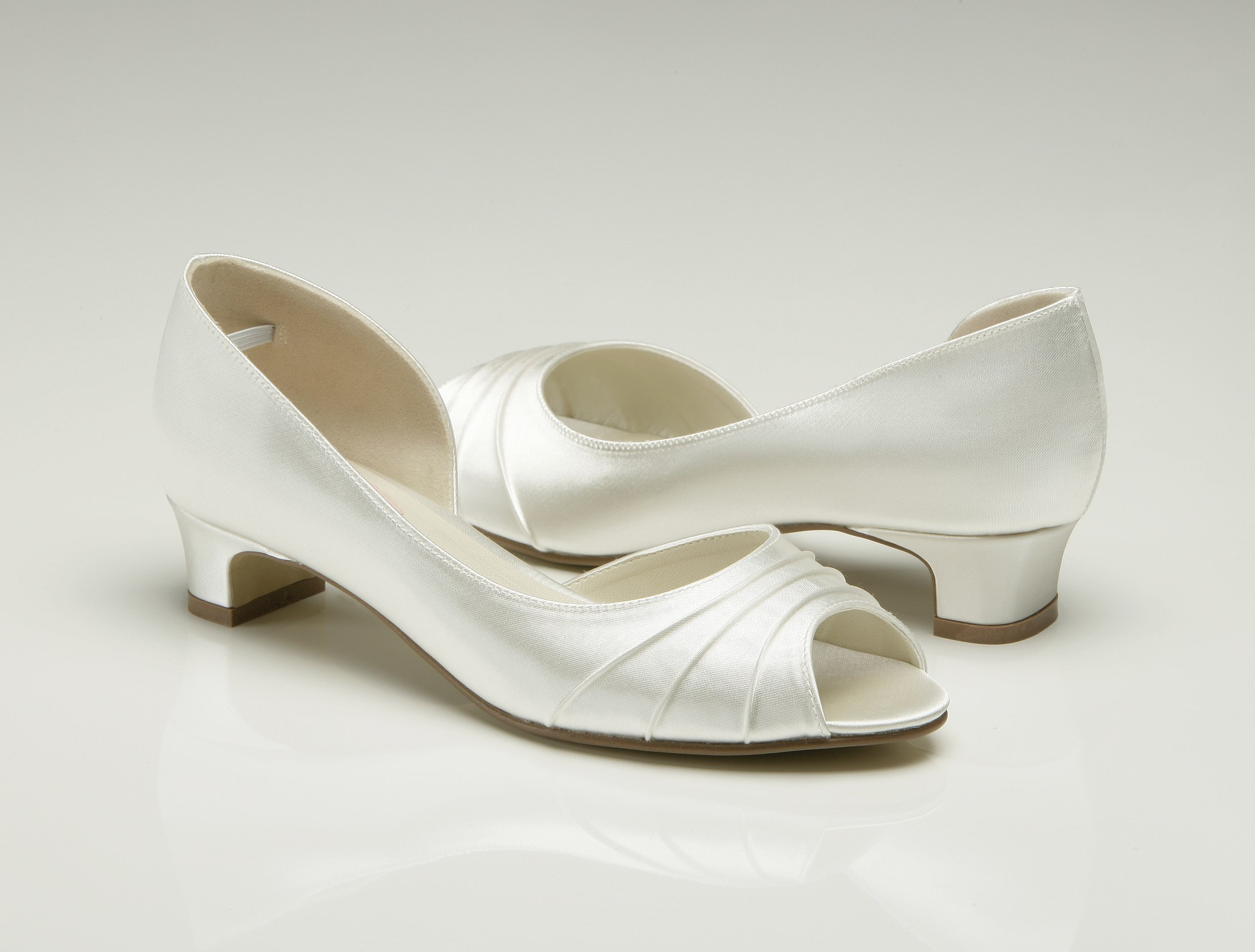 Sophisticated Ivory Wedding Shoes Low Heel